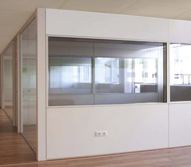 Mamparas de oficina de cristal mixtas y ciegas mhf madrid for Mamparas oficina