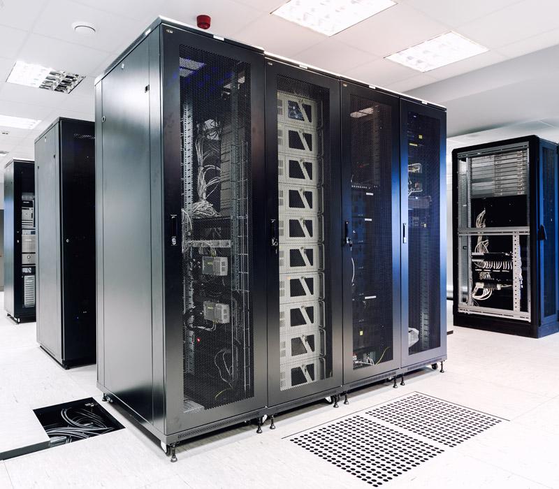 Racks de redes de telefonía y datos