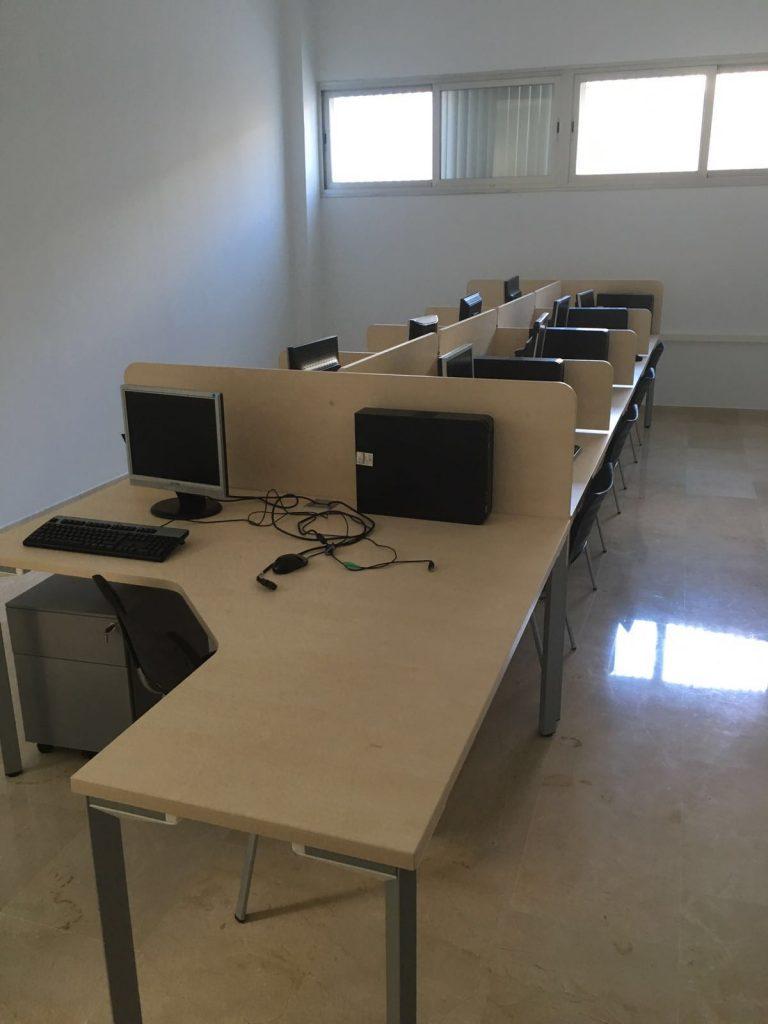 Mesas para puestos de trabajo de un Call Center