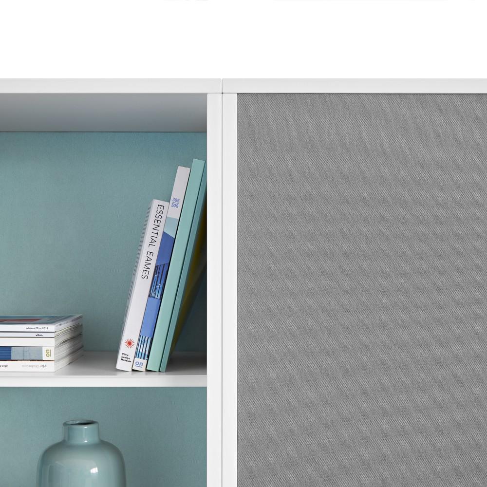 Traseras acústicas con posición interior o exterior para dar un toque personal.